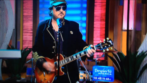 Zucchero guest of the program Despierta America