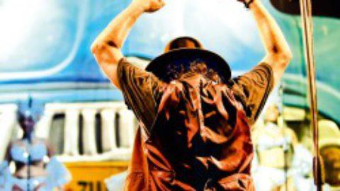 """Dal 1 novembre in radio e su iTunes il singolo inedito di Zucchero """"Quale senso abbiamo noi"""" anticipazione del doppio album live """"UNA ROSA BLANCA"""" in uscita il 3 dicembre"""